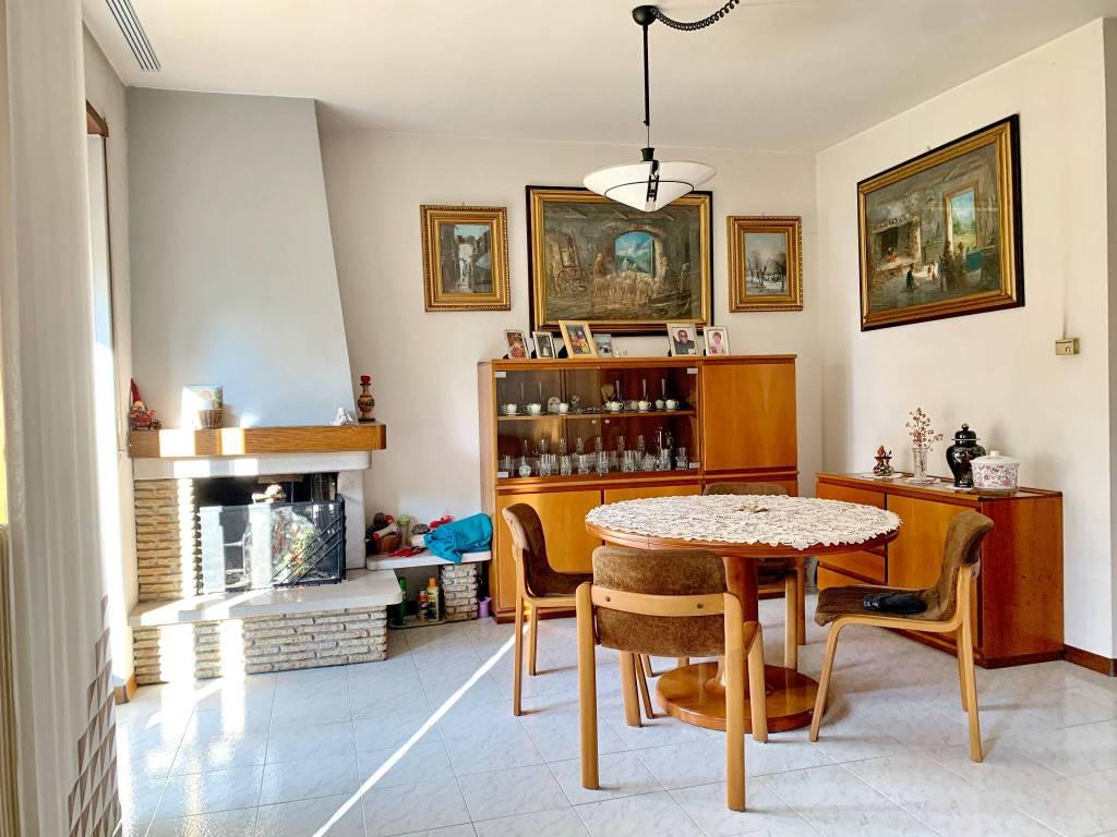 Foto villetta a schiera in vendita a Arco (Trento)