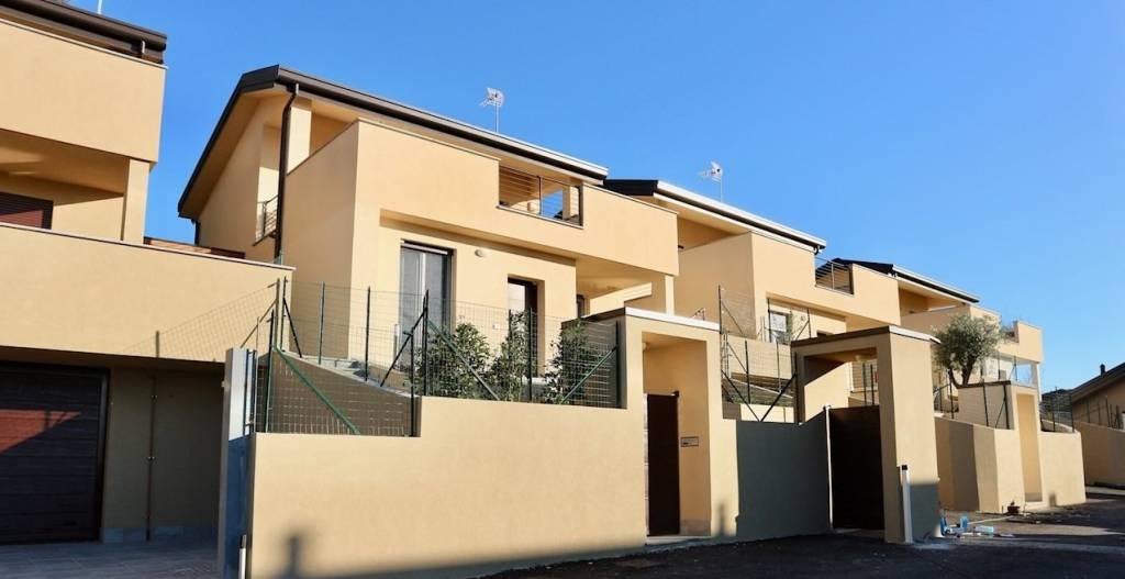Villa in vendita a Orsenigo, 3 locali, prezzo € 295.000 | PortaleAgenzieImmobiliari.it
