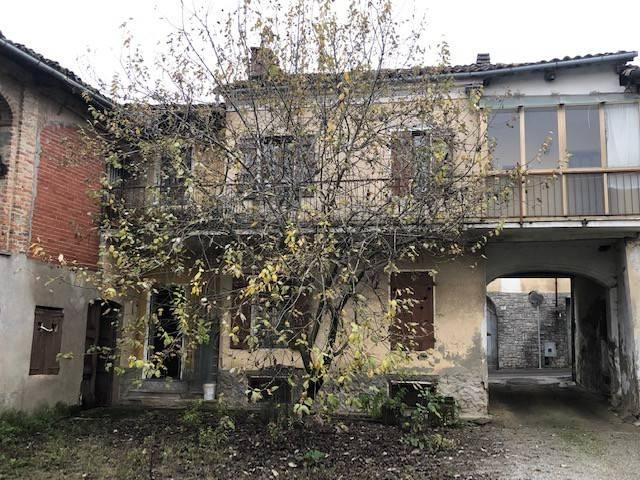 Rustico / Casale in vendita a Piovà Massaia, 5 locali, prezzo € 18.000 | PortaleAgenzieImmobiliari.it