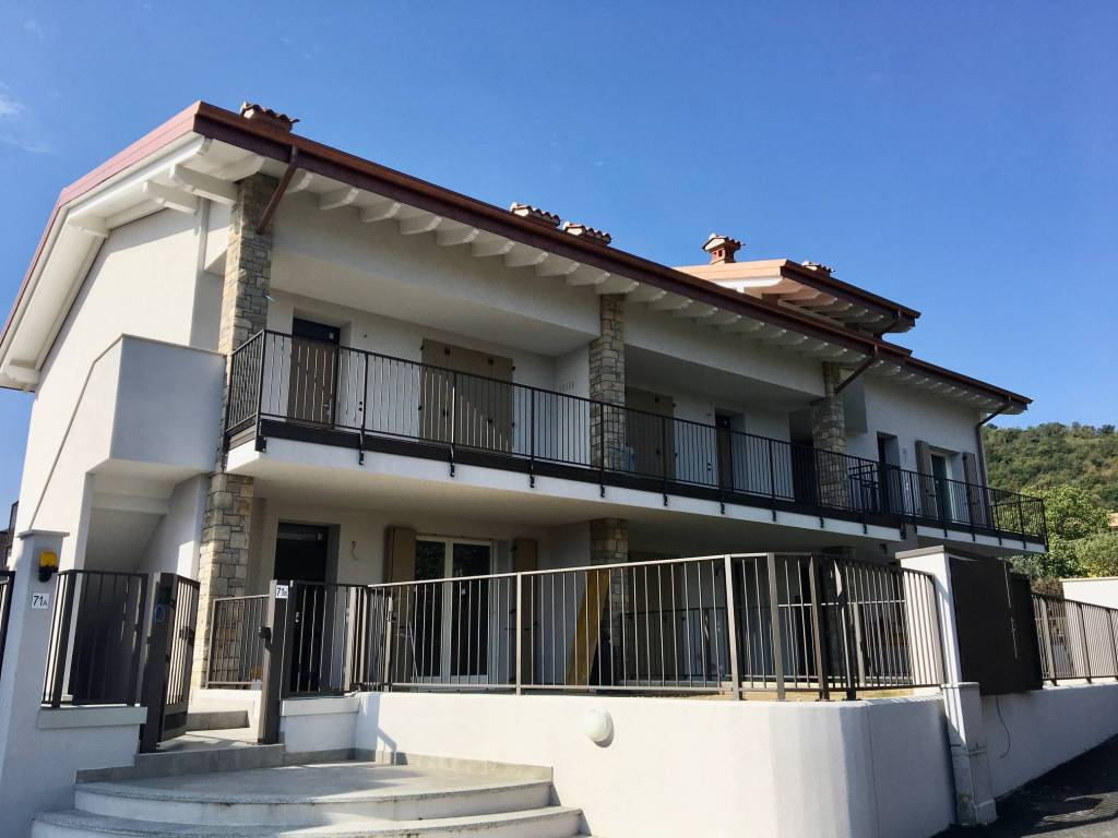 Appartamento in vendita a Iseo, 3 locali, prezzo € 229.000   PortaleAgenzieImmobiliari.it