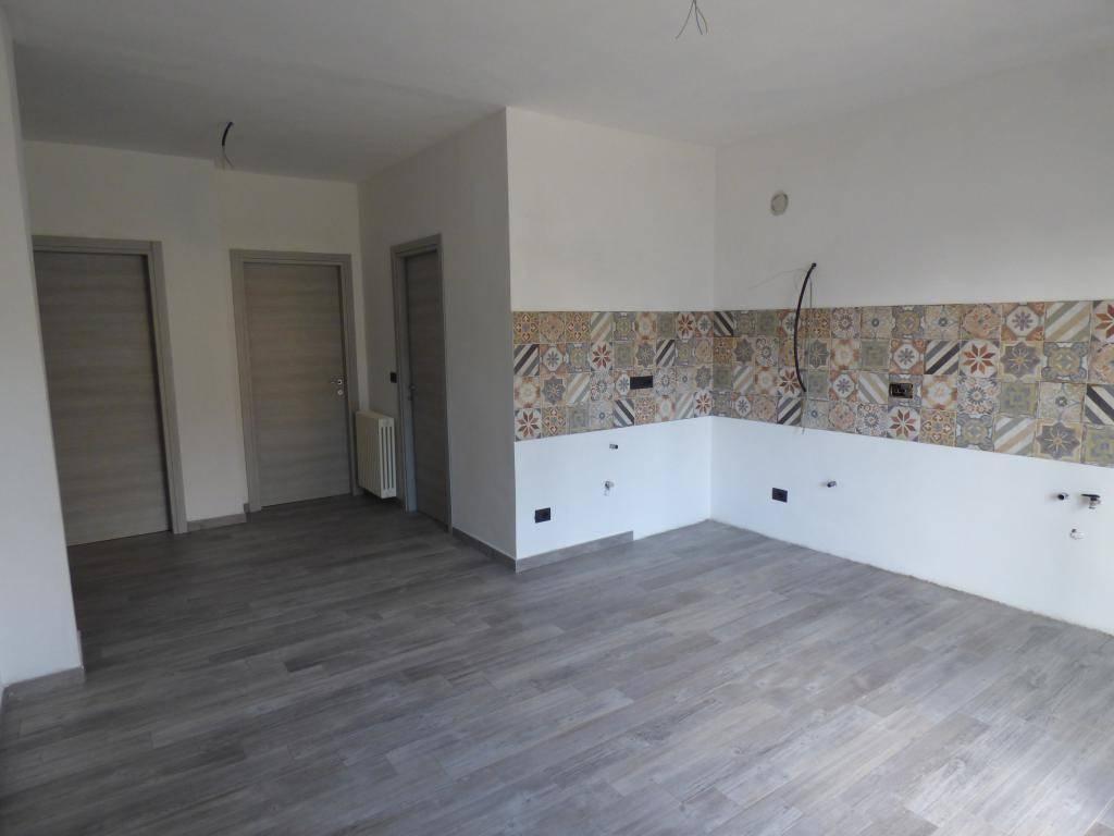 Appartamento in vendita a Bricherasio, 3 locali, prezzo € 84.000 | CambioCasa.it