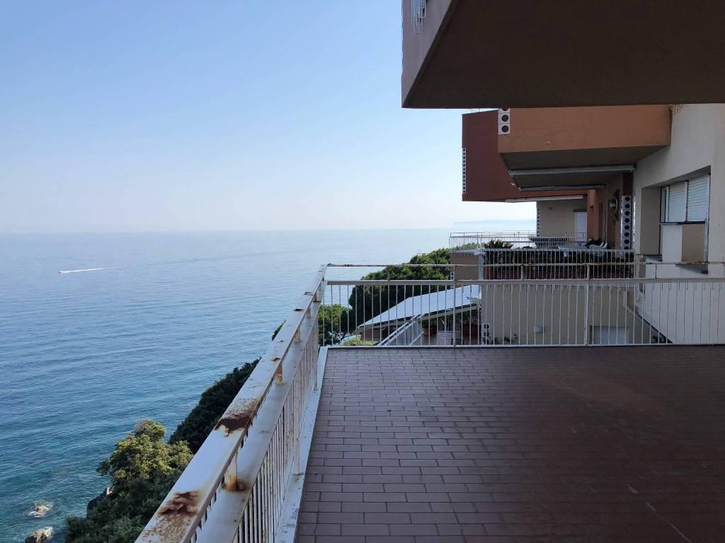 Appartamento in vendita via della Costa Arenzano
