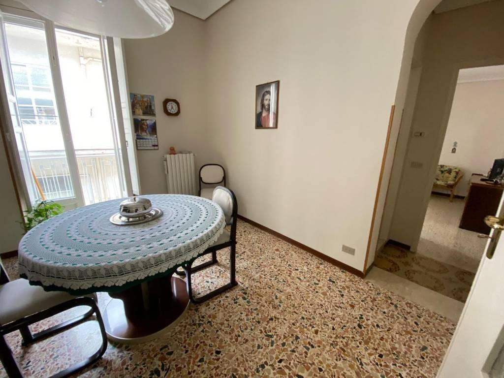 Appartamento in Vendita a Ragusa Centro: 5 locali, 105 mq