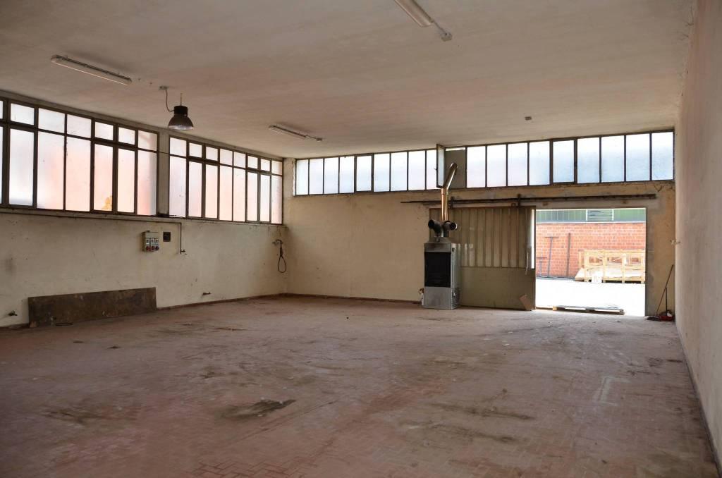 Capannone in affitto a Castelverde, 1 locali, prezzo € 400 | PortaleAgenzieImmobiliari.it