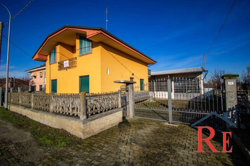 Villa in vendita a Faule, 8 locali, prezzo € 152.000 | PortaleAgenzieImmobiliari.it
