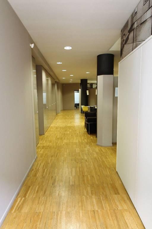 Ufficio / Studio in vendita a Villafranca di Verona, 6 locali, prezzo € 880.000 | CambioCasa.it