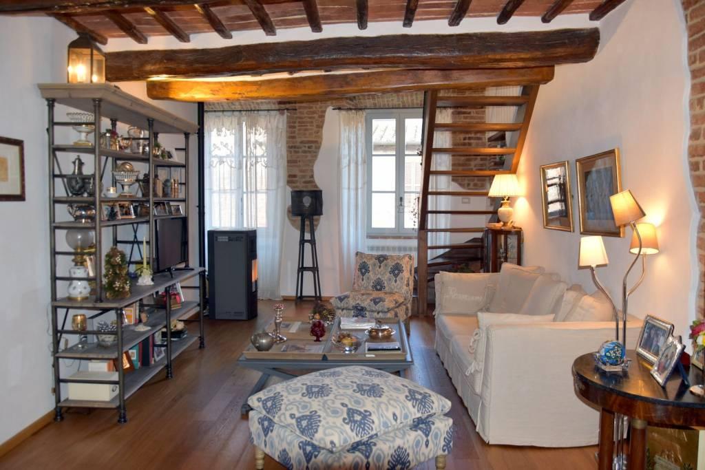 Appartamento in Vendita a Citta' Della Pieve Centro: 5 locali, 140 mq