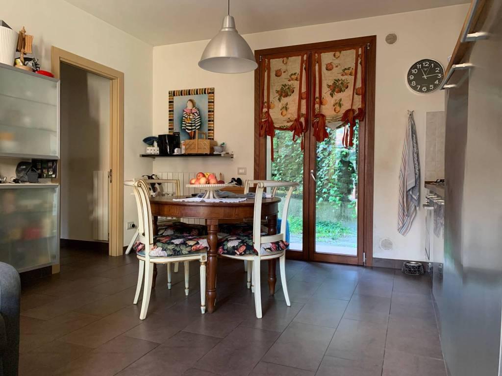 Appartamento in Affitto a Pistoia Centro: 4 locali, 120 mq