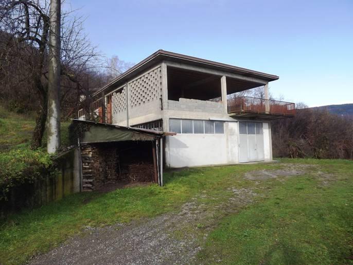 Laboratorio in vendita a Sant'Omobono Terme, 2 locali, prezzo € 59.000 | PortaleAgenzieImmobiliari.it