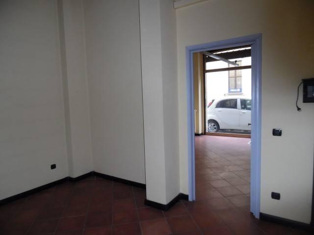 Negozio / Locale in affitto a Voghera, 2 locali, prezzo € 300 | PortaleAgenzieImmobiliari.it