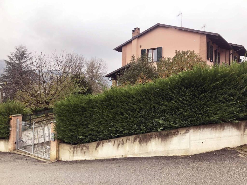 Villa in vendita a Montechiaro d'Asti, 3 locali, prezzo € 200.000   PortaleAgenzieImmobiliari.it