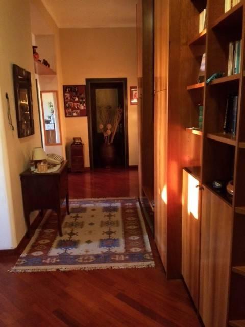 Appartamento in Vendita a Perugia Centro: 5 locali, 178 mq
