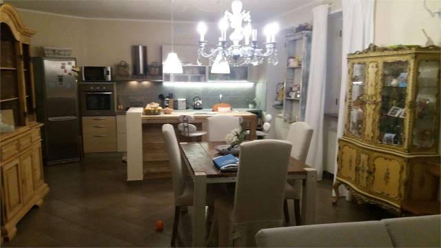 Casa Indipendente in ottime condizioni in vendita Rif. 4461382