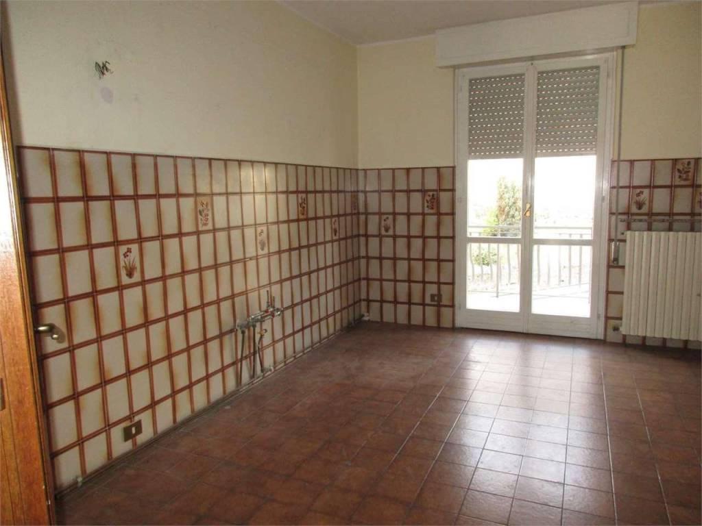 Appartamento in vendita a Berbenno, 4 locali, prezzo € 96.000   PortaleAgenzieImmobiliari.it