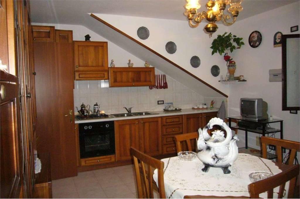 Appartamento in vendita a Rota d'Imagna, 2 locali, prezzo € 75.000 | PortaleAgenzieImmobiliari.it