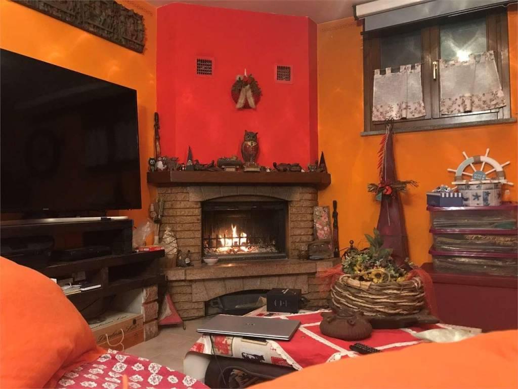 Villa a Schiera in vendita a Casaleggio Novara, 4 locali, prezzo € 185.000 | PortaleAgenzieImmobiliari.it