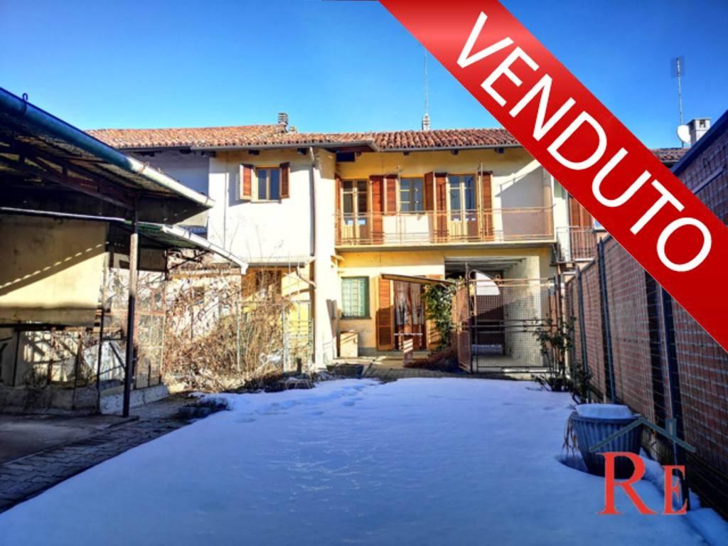 Foto 1 di Casa indipendente via Conti Rebuffo 43, Villafranca Piemonte