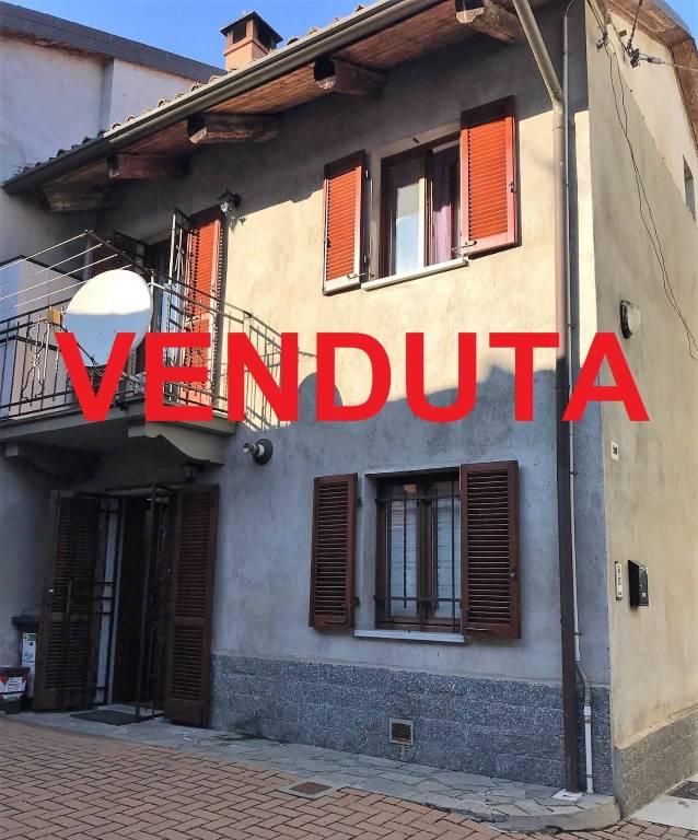 Foto 1 di Rustico / Casale via Badini, 10, Santena