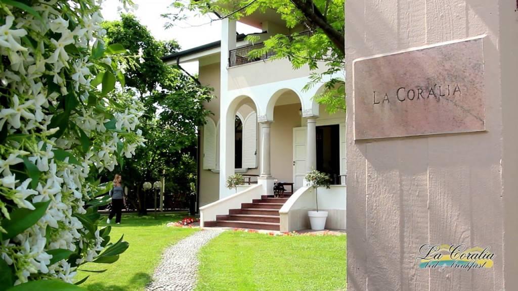 Villa in vendita a Massa (MS)