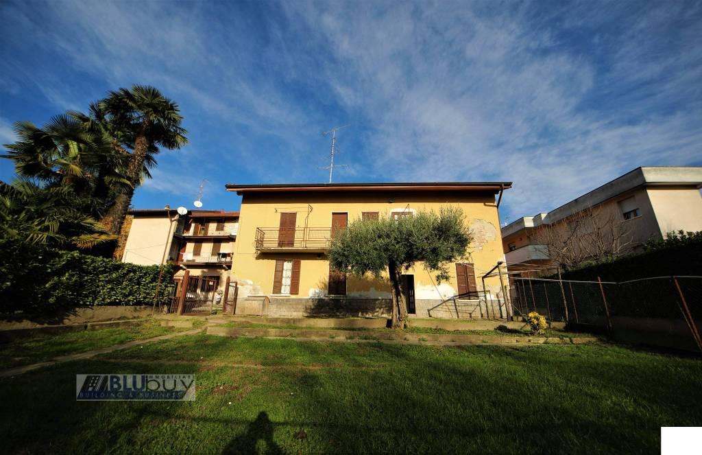 Appartamento in vendita a Casnate con Bernate, 4 locali, prezzo € 150.000 | PortaleAgenzieImmobiliari.it