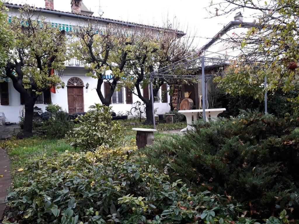 Rustico / Casale in vendita a Alfiano Natta, 5 locali, prezzo € 130.000 | PortaleAgenzieImmobiliari.it