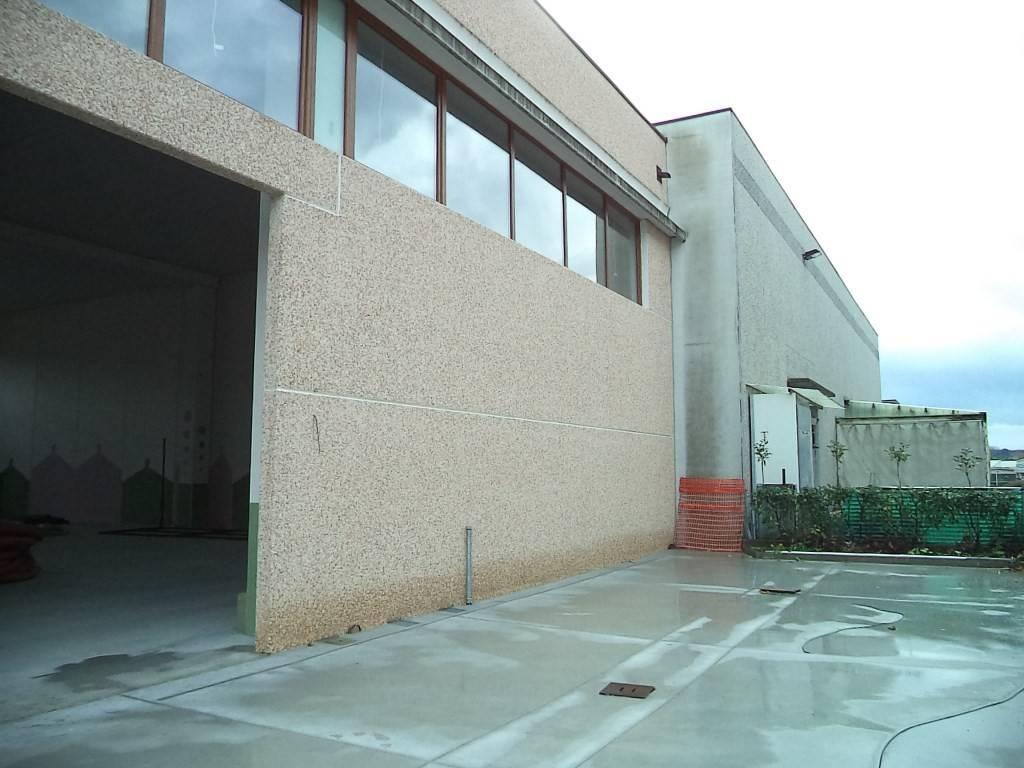 Capannone in affitto a Torre de' Roveri, 1 locali, prezzo € 1.850 | PortaleAgenzieImmobiliari.it