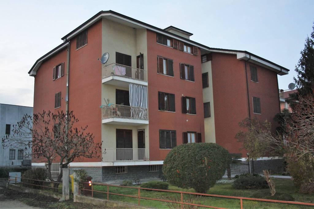 Attico / Mansarda in vendita a Castagnole delle Lanze, 2 locali, prezzo € 47.000 | PortaleAgenzieImmobiliari.it