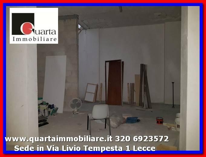 Magazzino in Vendita a Lecce Semicentro: 1 locali, 120 mq