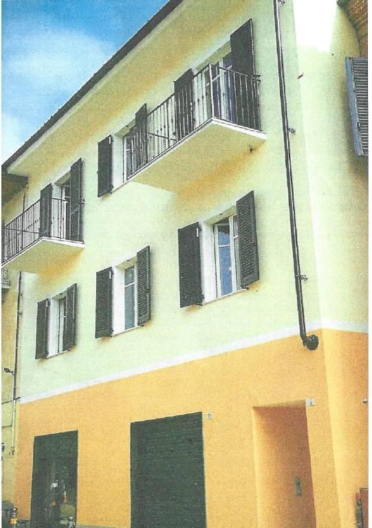 Appartamento in vendita a Monforte d'Alba, 4 locali, Trattative riservate   PortaleAgenzieImmobiliari.it