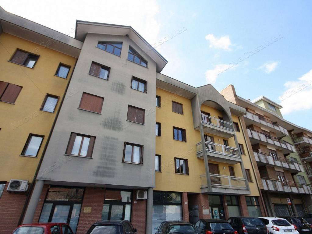 Appartamento in vendita a Marnate, 3 locali, prezzo € 138.000 | CambioCasa.it