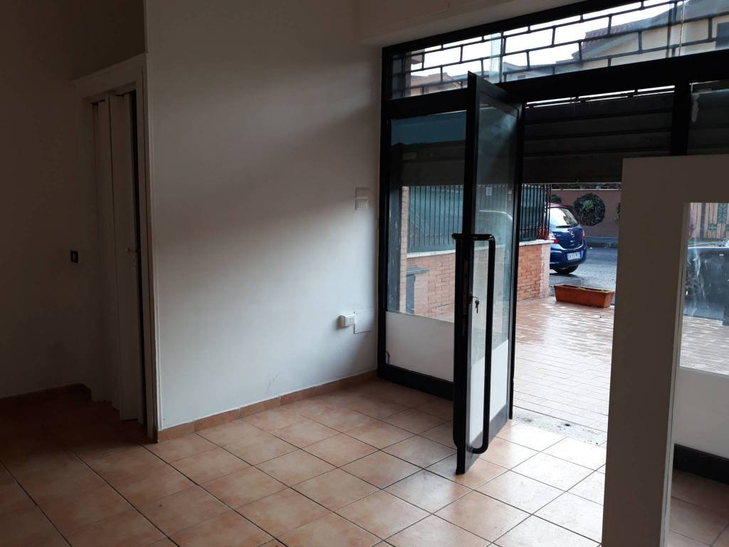 A Ladispoli Ufficio / Studio  in Vendita