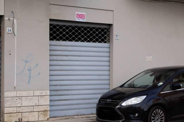 R/85 Terracina Via de Amicis. Locale commerciale in affitto Rif. 7092758