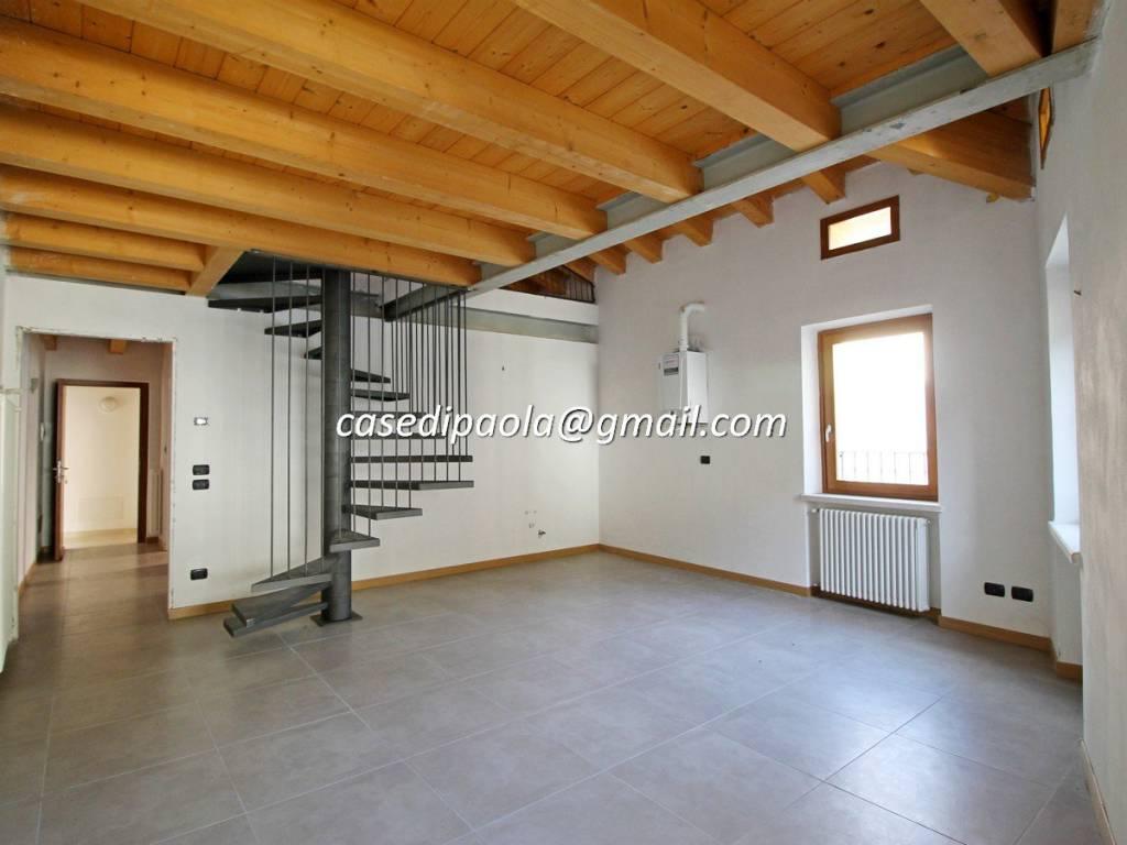Appartamento in vendita a Dolcè, 3 locali, prezzo € 100.000 | CambioCasa.it
