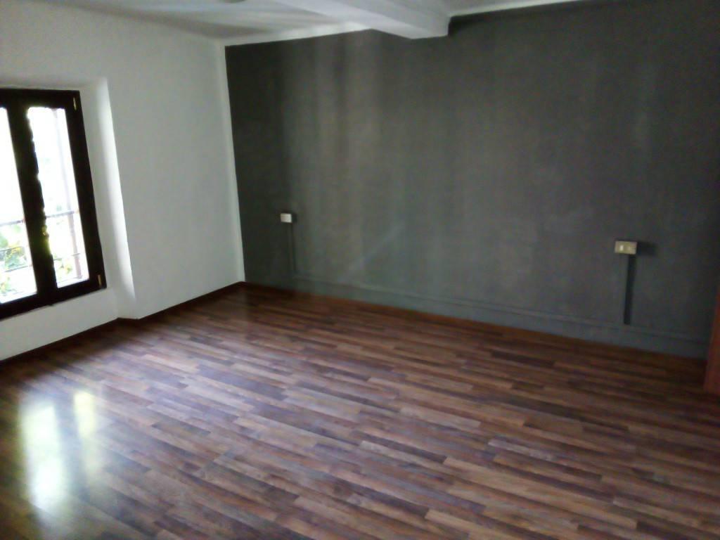 Appartamento in affitto a Osio Sotto, 3 locali, prezzo € 450 | PortaleAgenzieImmobiliari.it