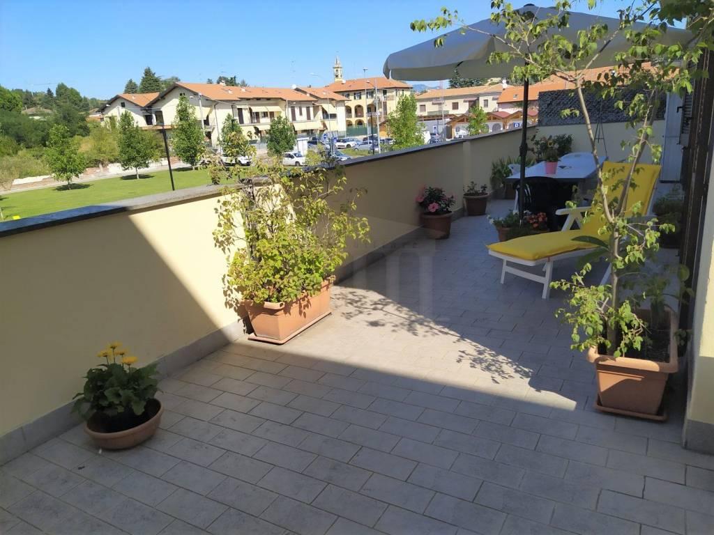 Appartamento in vendita a Cavaria con Premezzo, 3 locali, prezzo € 136.000 | CambioCasa.it
