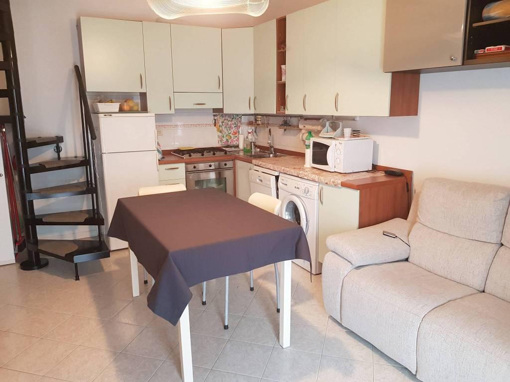Appartamento con tre camere con terrazzo a Porto Azzurro