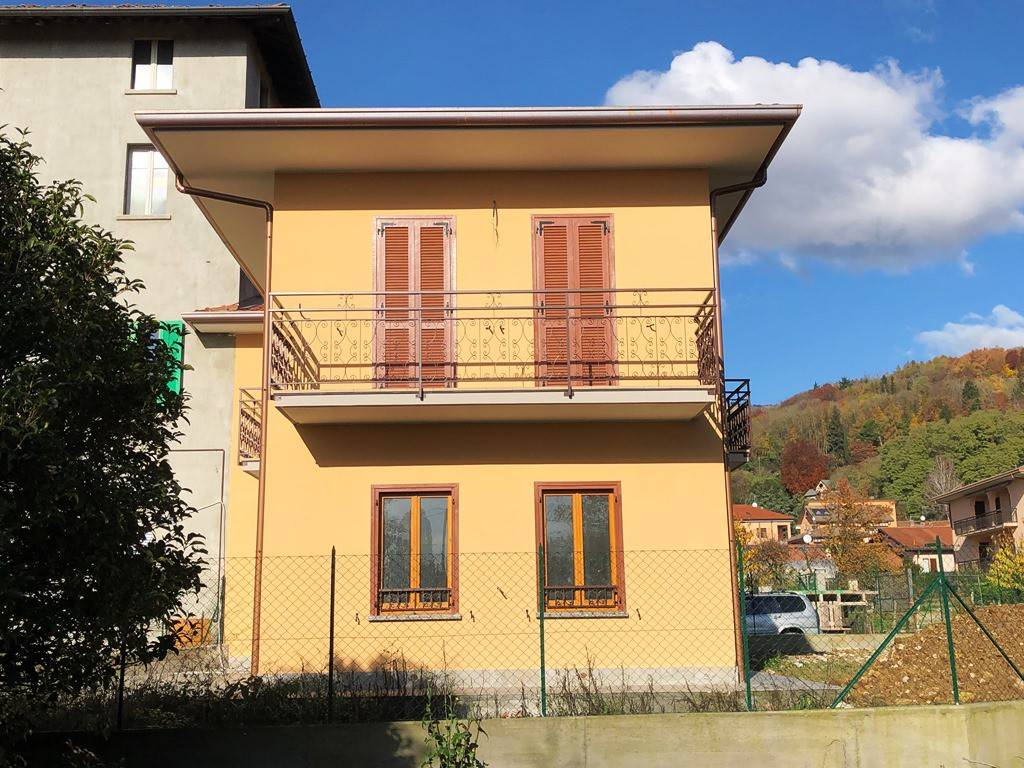 Soluzione Indipendente in vendita a Albese con Cassano, 4 locali, prezzo € 320.000 | PortaleAgenzieImmobiliari.it