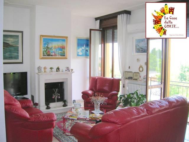 Appartamento in ottime condizioni arredato in vendita Rif. 4837207