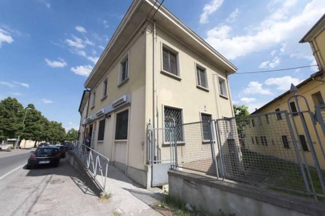 Appartamento in buone condizioni in vendita Rif. 4482863