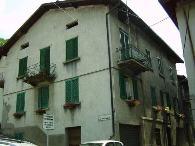Appartamento in buone condizioni in vendita Rif. 4483154