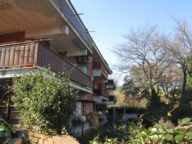 Appartamento in buone condizioni in vendita Rif. 4483177