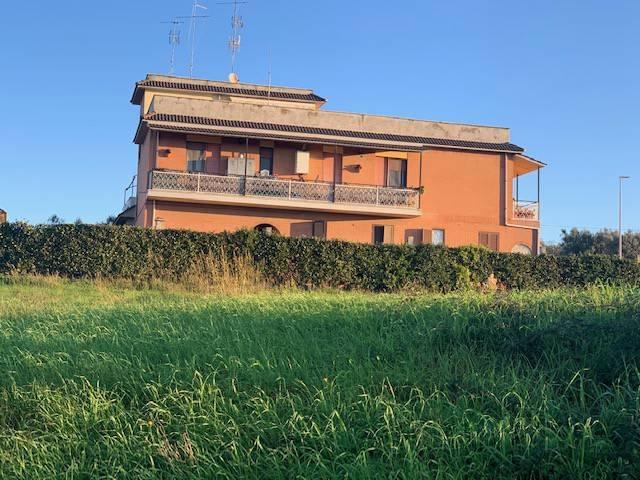 Appartamento in vendita a Ariccia, 3 locali, prezzo € 160.000 | PortaleAgenzieImmobiliari.it