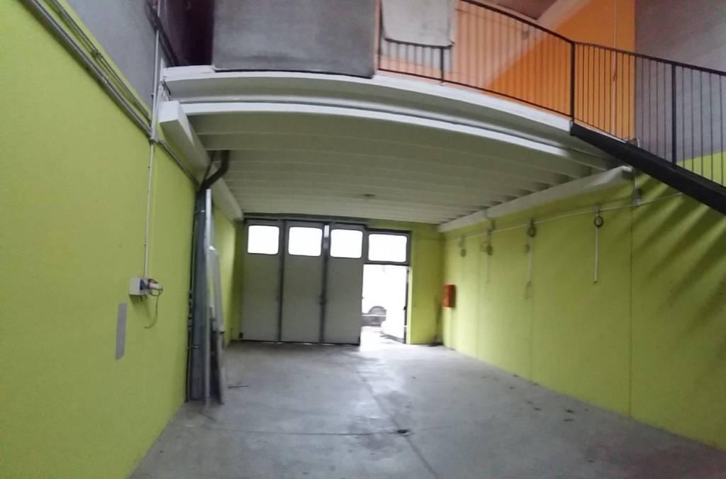 Capannone in affitto a Vignate, 1 locali, prezzo € 650 | PortaleAgenzieImmobiliari.it