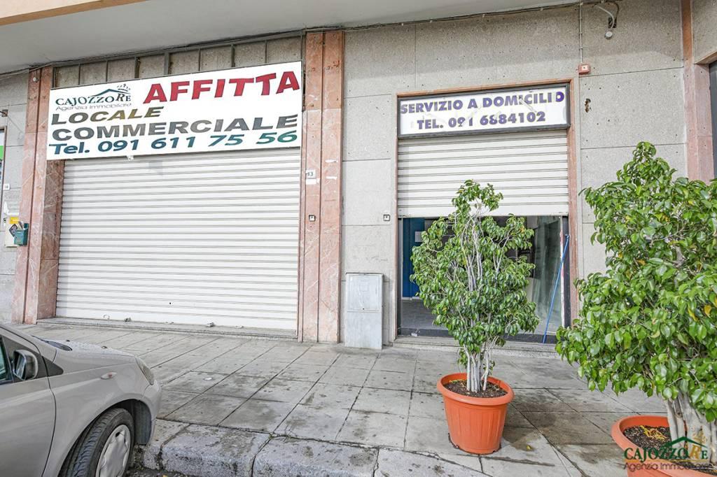 Locale Commerciale 150mq-piazza S. Lorenzo/via dei Quartieri Rif. 9303778