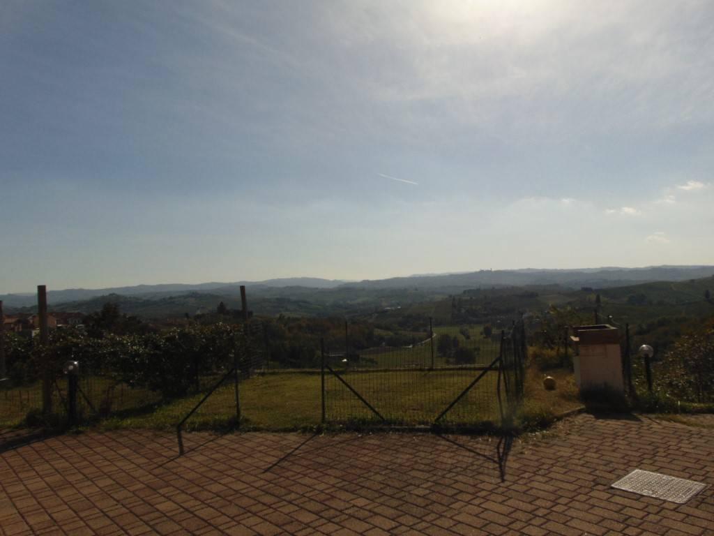 Appartamento in vendita a Castelnuovo Calcea, 3 locali, prezzo € 60.000 | CambioCasa.it