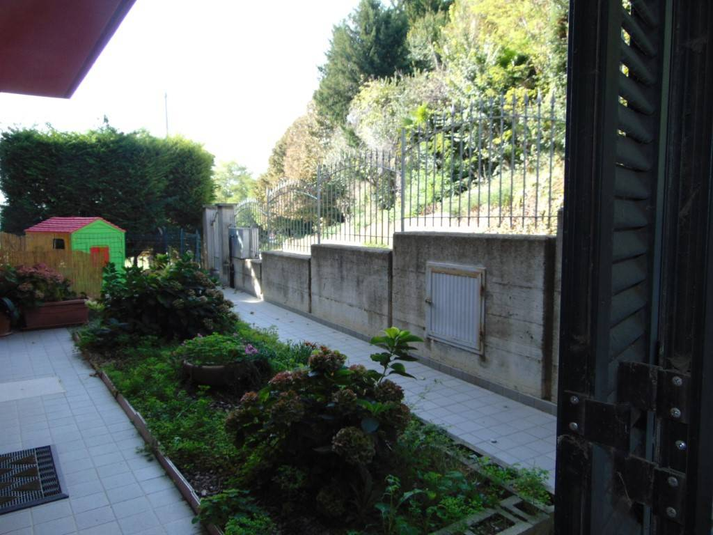 In Vendita a Castelnuovo Calcea Trilocale