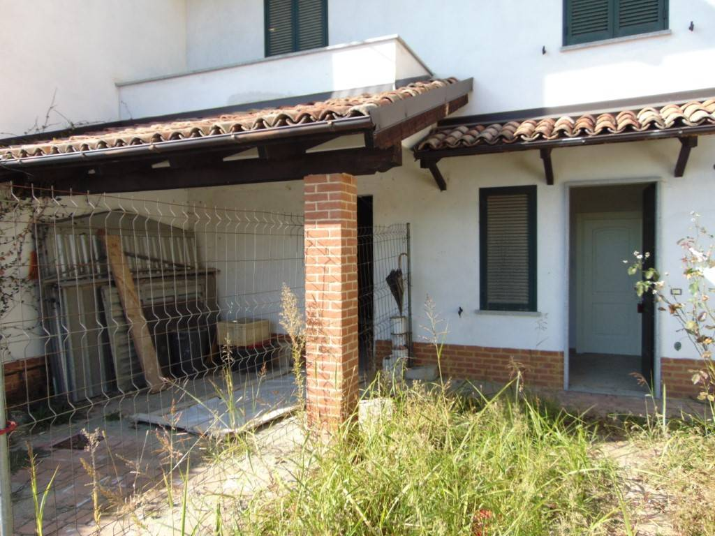 Trilocale a Castelnuovo Calcea in Vendita