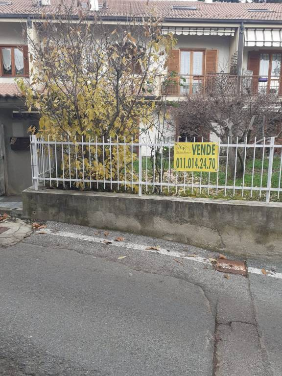 Appartamento in vendita a Pino Torinese, 4 locali, prezzo € 160.000 | PortaleAgenzieImmobiliari.it