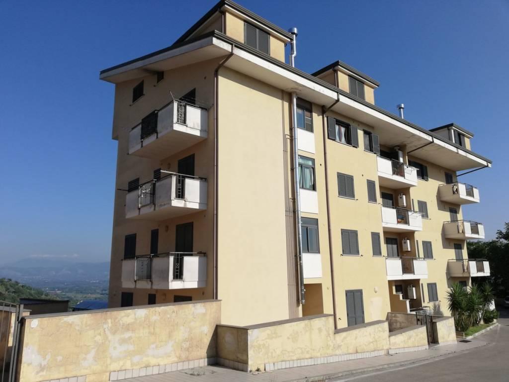 Appartamento in vendita a Caiazzo, 4 locali, prezzo € 140.000 | PortaleAgenzieImmobiliari.it
