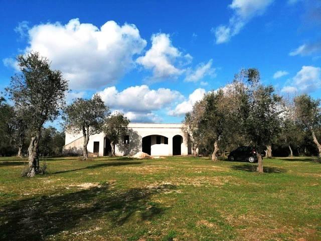 Rustico in Vendita a Otranto: 5 locali, 150 mq